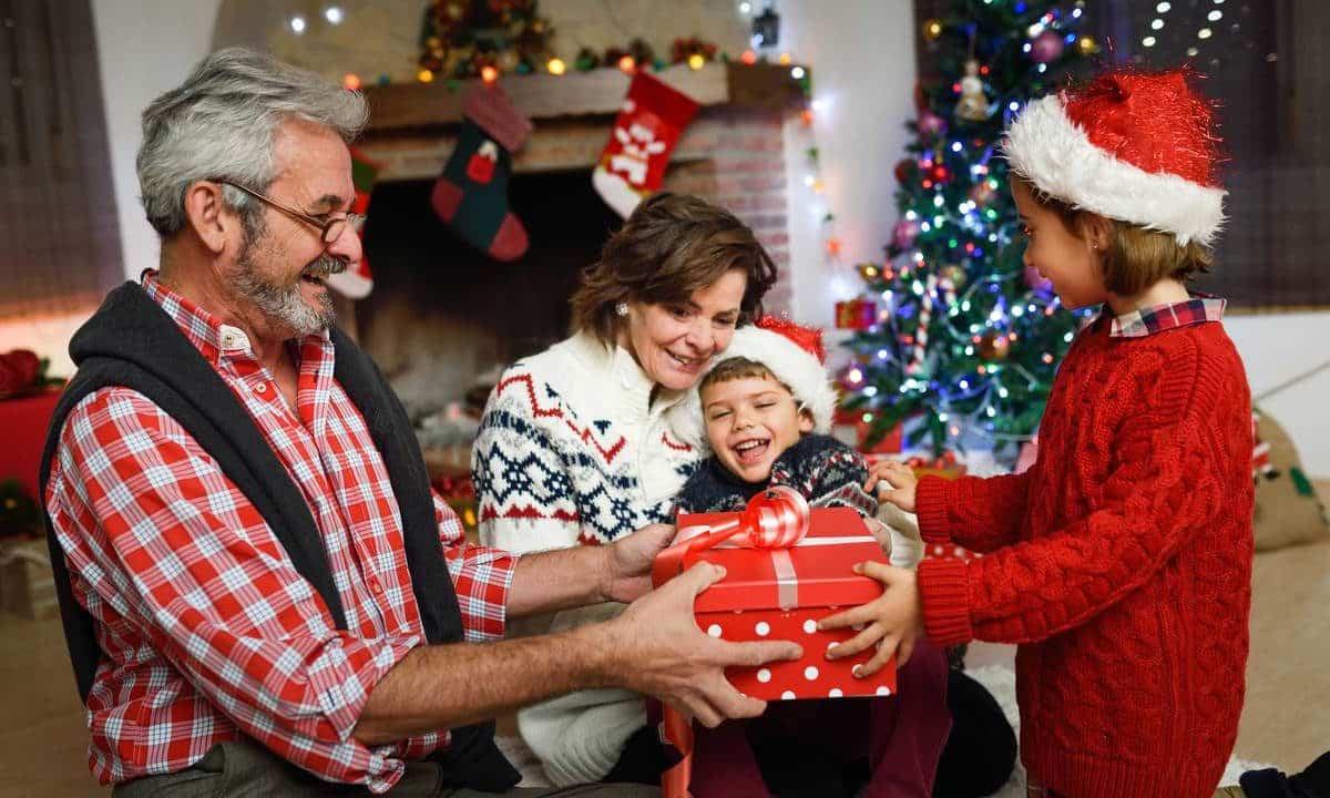 https://alohaecuador.com/wp-content/uploads/2019/12/Navidad-BLOG-1200x720.jpg