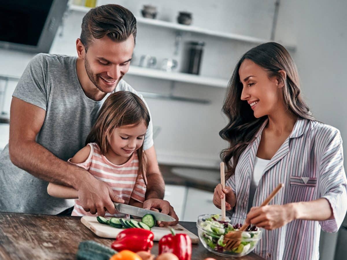 https://alohaecuador.com/wp-content/uploads/2021/04/Ingredientes-para-los-almuerzos-de-tus-hijos.jpeg
